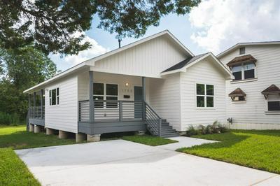 1753 PASADENA ST, HOUSTON, TX 77023 - Photo 1