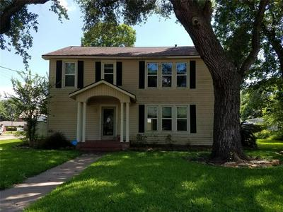 318 AVENUE A, Wharton, TX 77488 - Photo 1
