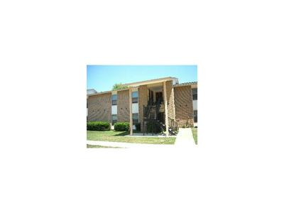 1304 W AVENUE A, Hooks, TX 75561 - Photo 2