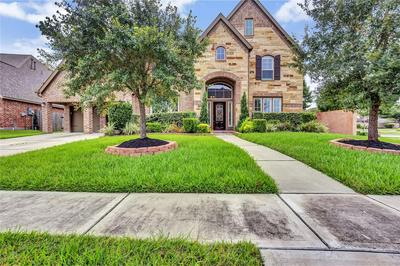 13804 MORGAN BAY DR, Pearland, TX 77584 - Photo 1