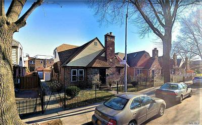 25-49 90TH ST, E. Elmhurst, NY 11369 - Photo 2