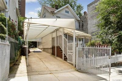 3430 BAILEY PL, Bronx, NY 10463 - Photo 2