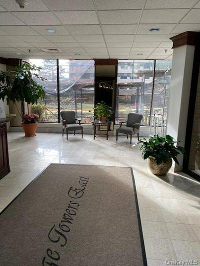 25 ROCKLEDGE AVE APT 517, White Plains, NY 10601 - Photo 1