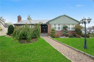 25 ROSEDALE RD, YONKERS, NY 10710 - Photo 1
