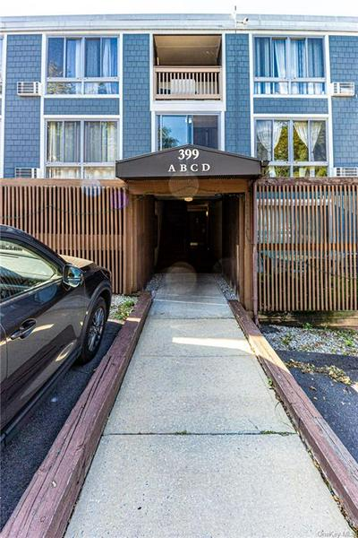 399 N BROADWAY APT 3A, Yonkers, NY 10701 - Photo 2
