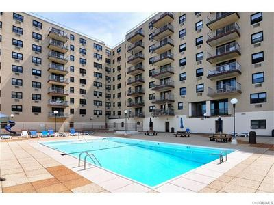 1085 WARBURTON AVE APT 720, Yonkers, NY 10701 - Photo 1
