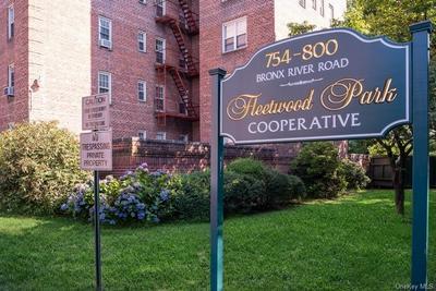790 BRONX RIVER RD APT A61, Yonkers, NY 10708 - Photo 1