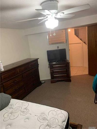 258-12 CRAFT AVE # ROOM, Rosedale, NY 11422 - Photo 2