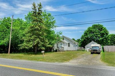 1550 OSBORN AVE, Riverhead, NY 11901 - Photo 2