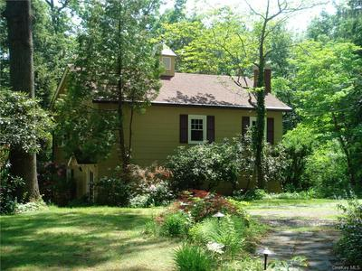 301 GREEN BRIAR, Somers, NY 10589 - Photo 1