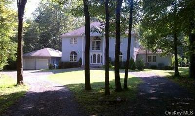 1192 INDIAN SPRINGS RD, Pine Bush, NY 12566 - Photo 1