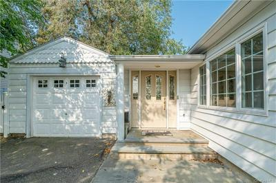 92 ROUNDHILL DR, Yonkers, NY 10710 - Photo 2