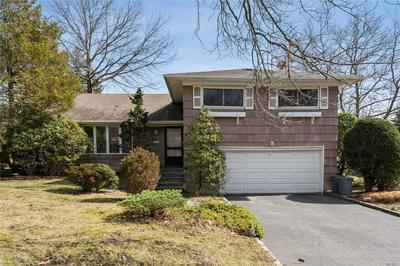 15 CAMPBELL PKWY, Albertson, NY 11507 - Photo 2