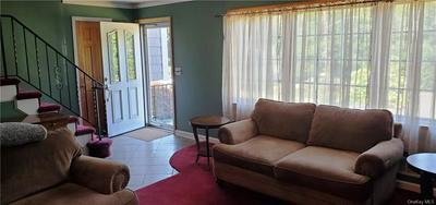 5 LISA LN, Mount Pleasant, NY 10595 - Photo 2