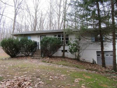 82 FRONTIER DR, Pine Bush, NY 12566 - Photo 1