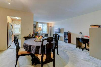 67-50 THORNTON PL # 5T, Forest Hills, NY 11375 - Photo 2