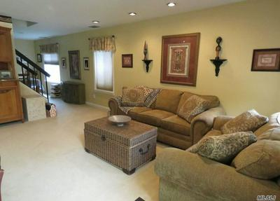 374 CLUBHOUSE CT, Coram, NY 11727 - Photo 2