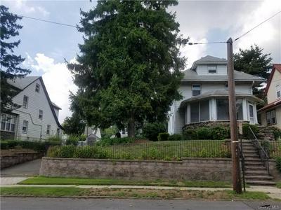 428 S COLUMBUS AVE, Mount Vernon, NY 10553 - Photo 1