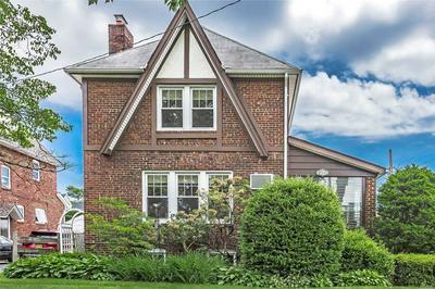 79 PICCADILLY DWNS, Lynbrook, NY 11563 - Photo 1