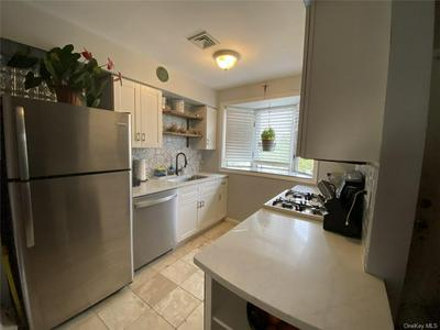 35 KNOLL VW, Ossining, NY 10562 - Photo 2