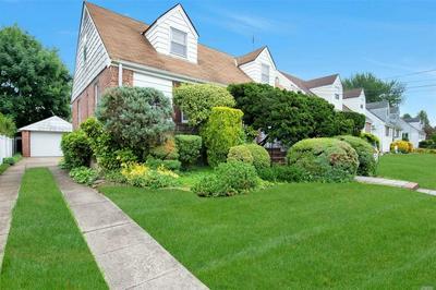 104 SLABEY AVE, Malverne, NY 11565 - Photo 2