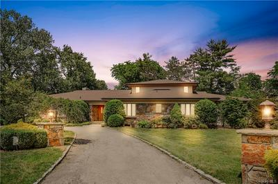 2 ONEIDA RD, Scarsdale, NY 10583 - Photo 1