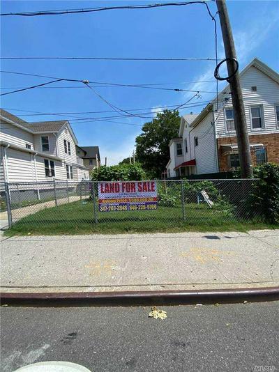 8611 PARSONS BLVD, Jamaica Hills, NY 11432 - Photo 1