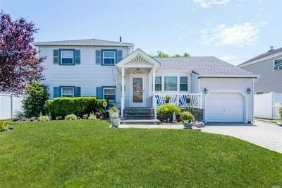3558 ROANOKE ST, Seaford, NY 11783 - Photo 1