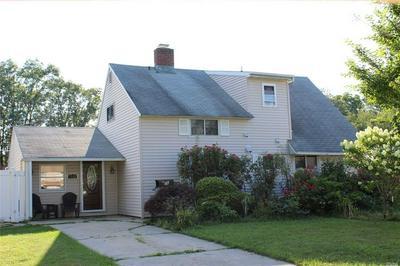36 CABLE LN, Hicksville, NY 11801 - Photo 1