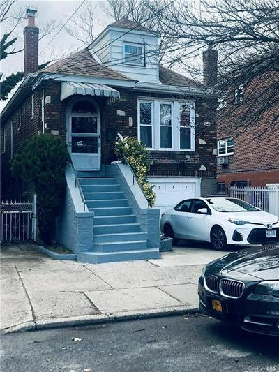 2917 KINGSLAND AVE, BRONX, NY 10469 - Photo 1