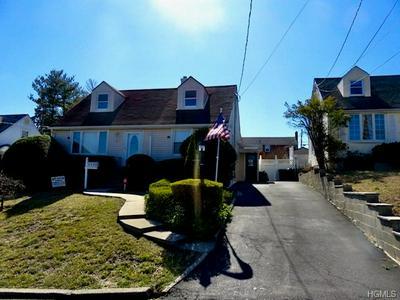 127 CROYDON RD, YONKERS, NY 10710 - Photo 1