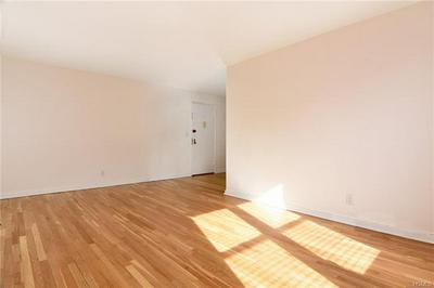 1 VINCENT RD APT 5P, YONKERS, NY 10708 - Photo 2