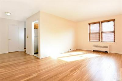 1 VINCENT RD APT 5P, YONKERS, NY 10708 - Photo 1