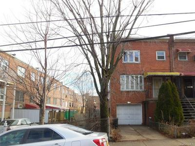 3044 RADCLIFF AVE, BRONX, NY 10469 - Photo 2