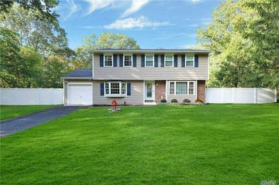 17 BELLAIRE DR, Ridge, NY 11961 - Photo 1