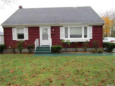 363 HOWELL AVE, Riverhead, NY 11901 - Photo 2
