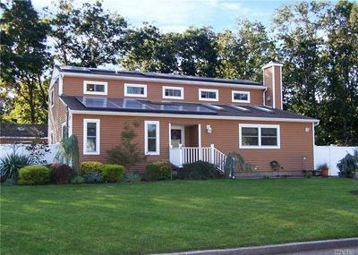104 WASHINGTON AVE, Holtsville, NY 11742 - Photo 1