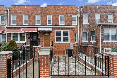 949 E 221ST ST, BRONX, NY 10469 - Photo 2