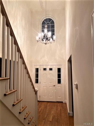 64 SKY TOP DR, PLEASANTVILLE, NY 10570 - Photo 2