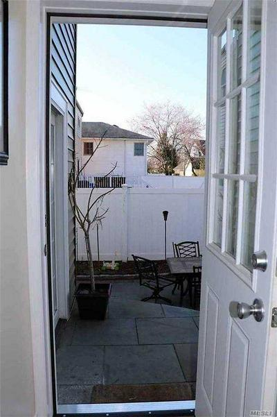 78 OAKLAND AVE # 2, Lynbrook, NY 11563 - Photo 2