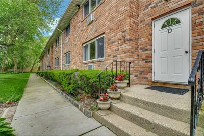 105 PRIME AVE APT D2, Huntington, NY 11743 - Photo 1