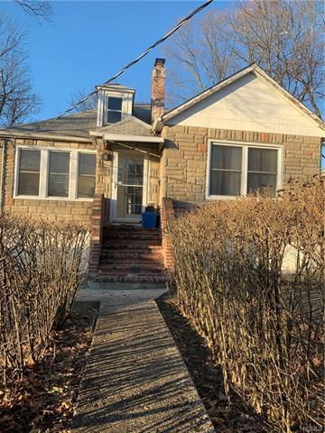 39 EWING AVE, SPRING VALLEY, NY 10977 - Photo 1