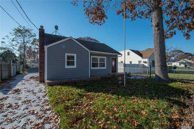 74 SHARP ST, Patchogue, NY 11772 - Photo 2