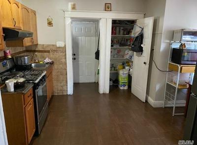 20 LONG BEACH RD, Hempstead, NY 11550 - Photo 2