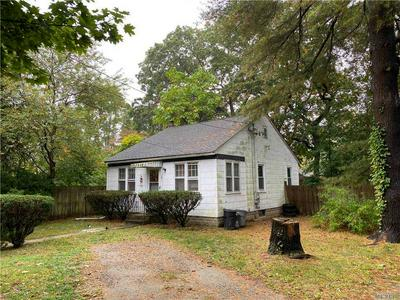 14 HENRY ST, Farmingville, NY 11738 - Photo 1