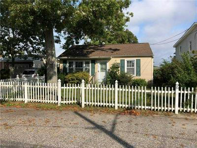 9 SUFFOLK AVE, Patchogue, NY 11772 - Photo 1