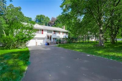 5 HALLEY DR, Haverstraw Town, NY 10970 - Photo 2