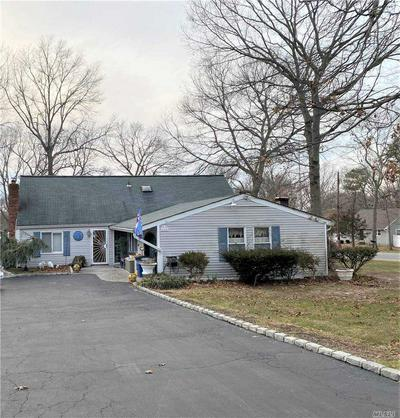 164 CALVERT AVE, Ronkonkoma, NY 11779 - Photo 1