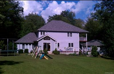 1192 INDIAN SPRINGS RD, Pine Bush, NY 12566 - Photo 2