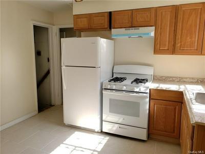 160 HILLSIDE AVE, Mount Vernon, NY 10553 - Photo 2